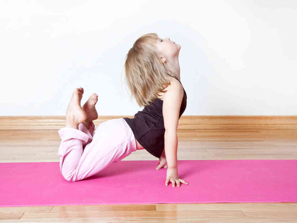 kid-yoga-chudo-golqmo