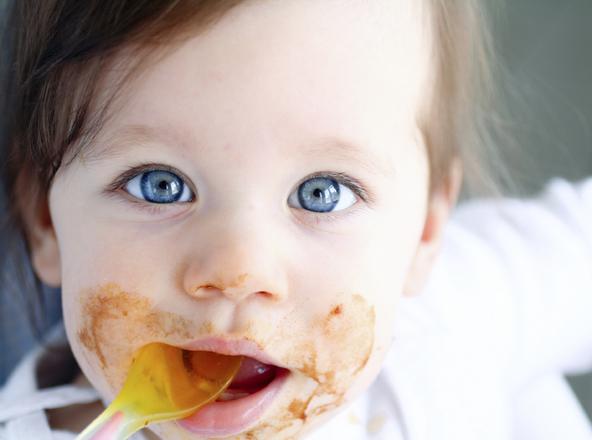 baby-eat-puree