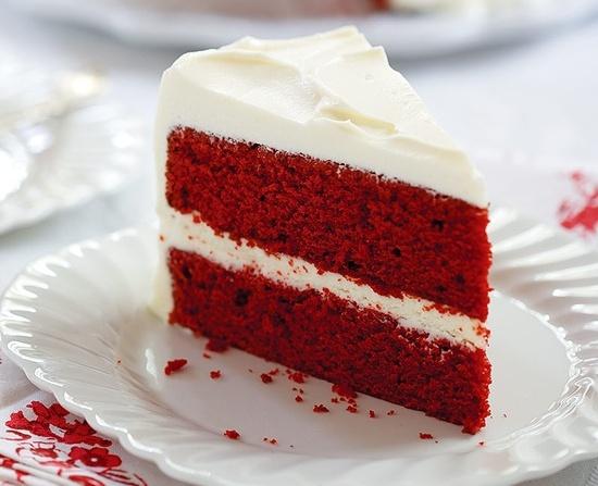 Торт - Красный бархат - с глазурью из сливочного сыра