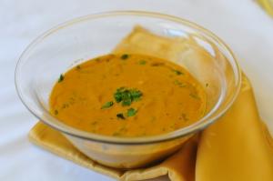 Суп из цуккини и красной чечевицы