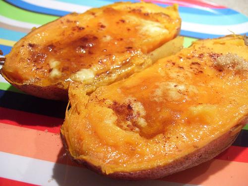 Печен сладък картоф (4 – 6 месеца плюс)