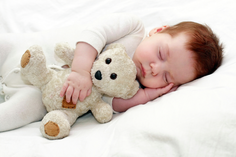 Сънят на бебето и начините да го приспим