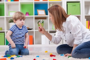 Децата и възпитанието: за родителските капани и естествените последици