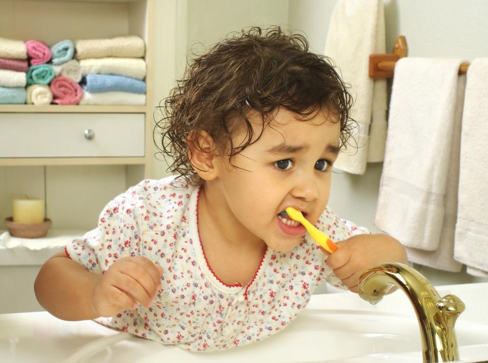 Почистването на зъбите – стъпка по стъпка