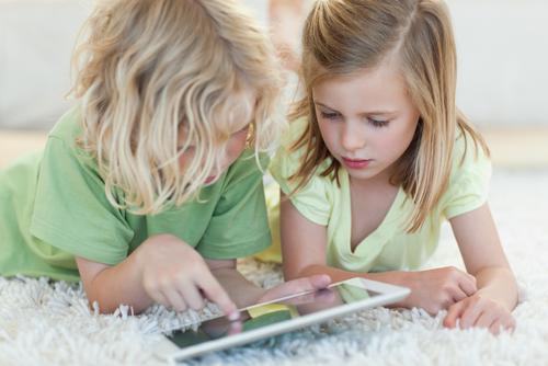 """Предизвикателството да си родител на дете от """"дигиталното поколение"""""""