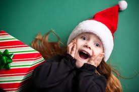 Нестандартни идеи как да зарадваме децата за Коледа