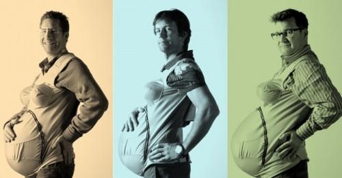 Трое мужчин пробуют свою беременность