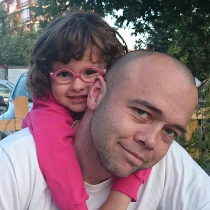 Какво е да си баща на момиченце? Личната изповед на един напълно откровен татко