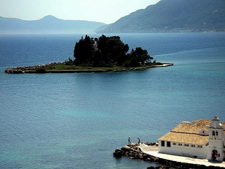 Зеленият остров – Корфу за италианците, Керкира за гърците