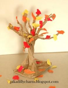 Есенно дърво от хартиен плик