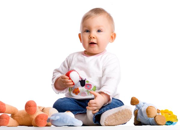 Игри за бебето от 6 до 9 месеца