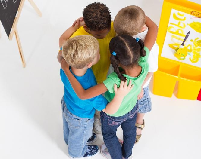 9 юни – Международен ден на приятелството