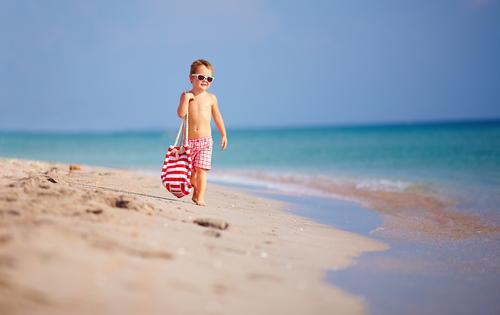 Децата до 3 години – без море, съветват лекари