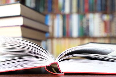 Променят учебниците заради грешки и старо съдържание