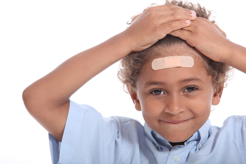 11 неща, които всеки родител трябва да знае при удар и нараняване на главата
