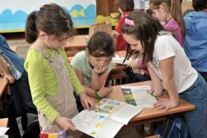 Институциите у нас с оценка 3.20 в грижата за децата