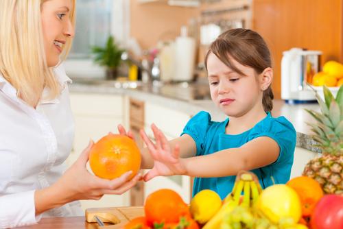 Децата, храненето и изразите, които да не казвате по време на вечеря
