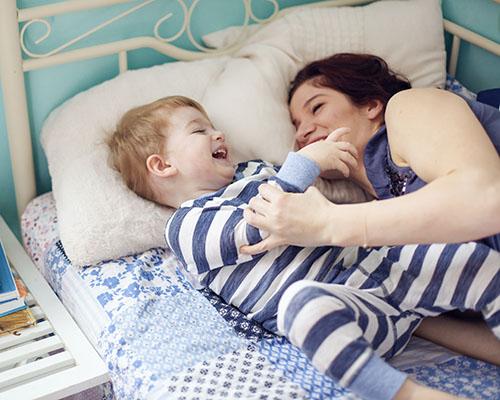 Пет начина децата да ви помогнат да се отпуснете