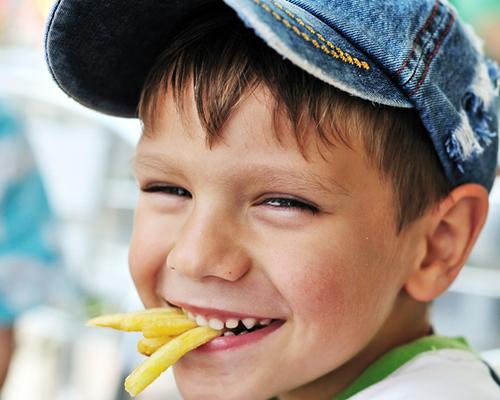Затлъстяване при децата и опасно ниско тегло при тийнейджърите
