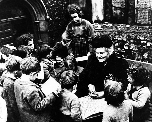 MARIA MONTESSORI VISITS SCHOOL