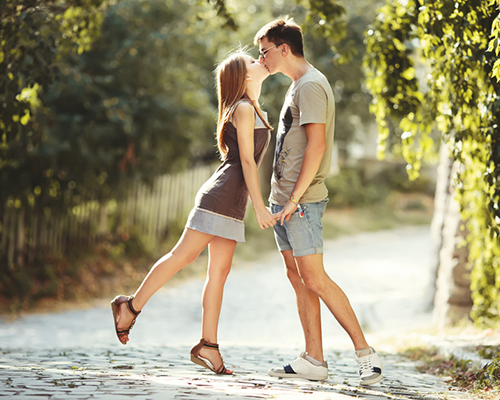 8 ползи от целувките
