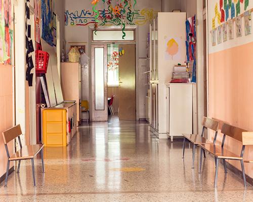 В 25 училища в страната няма нито един записан първокласник