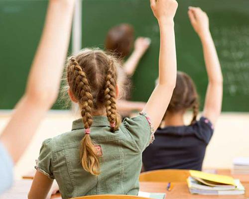 Увеличение на учителските заплати от октомври