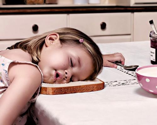 Забавни снимки, които доказват, че децата могат да заспят навсякъде (част 1)