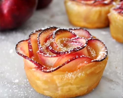 Ябълкови рози – изящни и много вкусни!