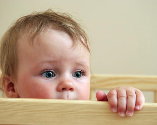 Кога и какво се опитва да ни каже бебето?
