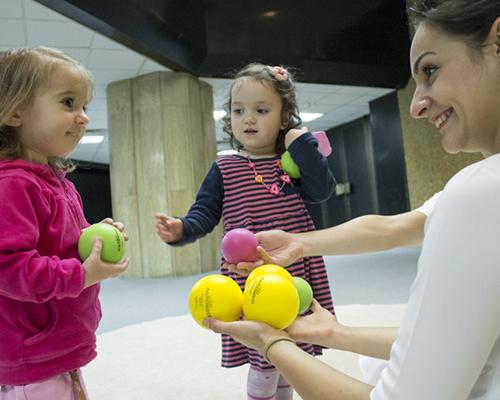 Усмихни се! Столичен куклен театър с нова пиеса за бебета