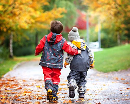 14 идеи за семейни забавления – навън и у дома