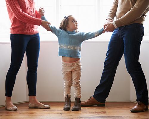 Глоба за родител, който отказва да предаде детето си на другия родител