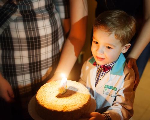 Пет лесни за следване традиции за рожден ден