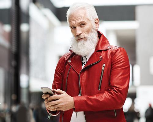 Модерният Дядо Коледа, който развълнува много възрастни