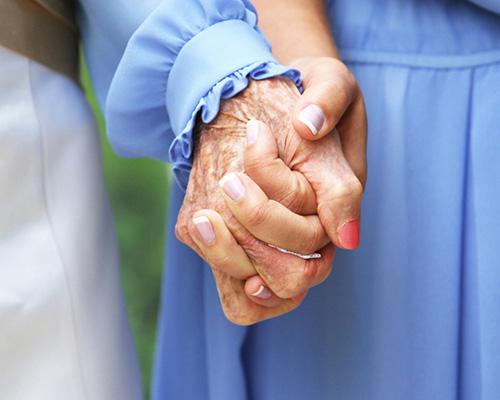 7 мъдри съвета на една баба към внучката й