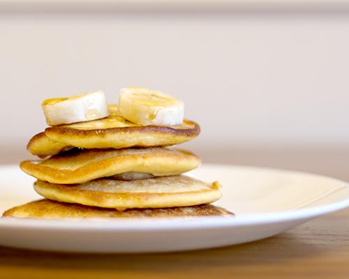 Бързи бананови палачинки само с три съставки
