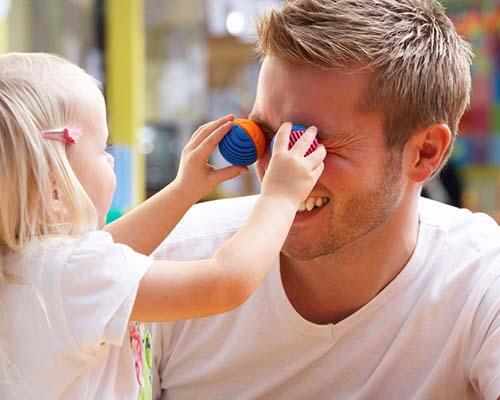 10 признака, че съпругът ви ще e невероятен баща