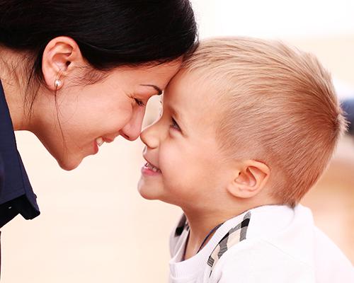 Майки и синове: Как да се държим с момчетата?