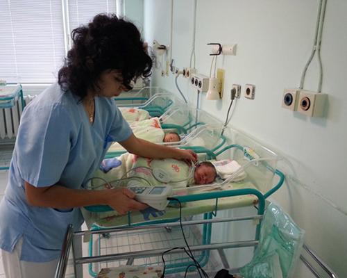В МБАЛ Бургас правят проверка на слуха на всяко новородено