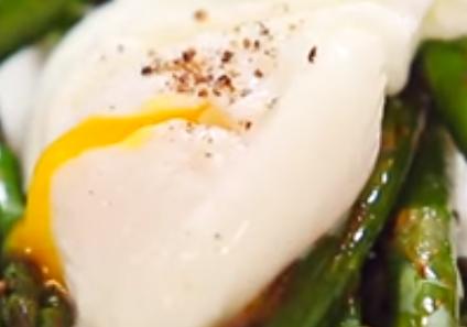 Три лесни, но отлични начина да направите забулени яйца (по Джейми Оливър)