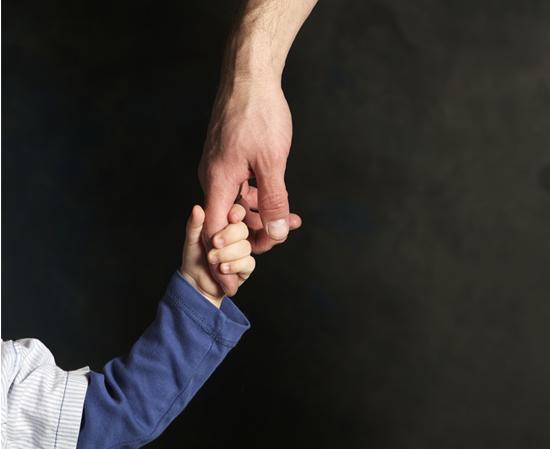 Спешни мерки за защита на децата при споделено родителство