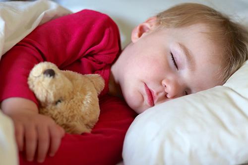 Важни факти за съня на малкото дете, които всеки родител трябва да знае
