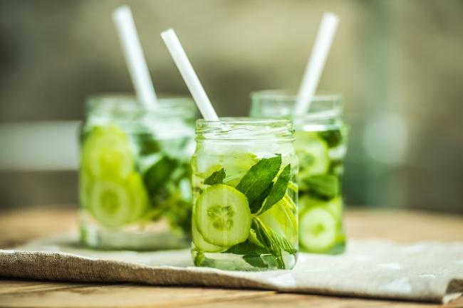 7 тонизиращи напитки за лятото