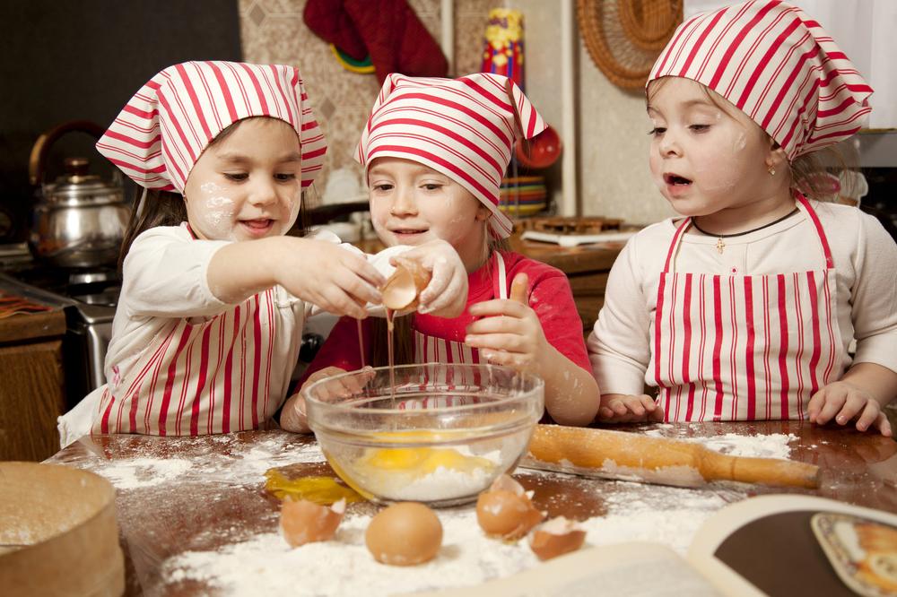Защо да готвим заедно с децата