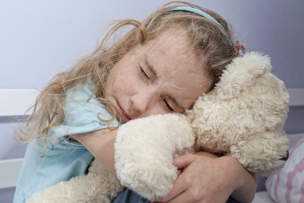 Симптомите, които алармират, че детето ви е преживяло емоционална травма