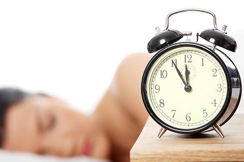 Как да заспивате лесно и да спите непробудно цяла нощ