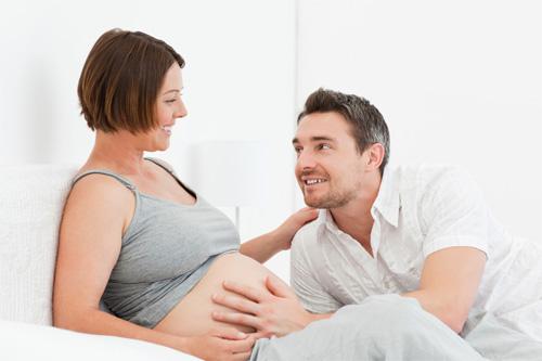 Вдигат възрастта на жените, които ще могат да даряват яйцеклетки
