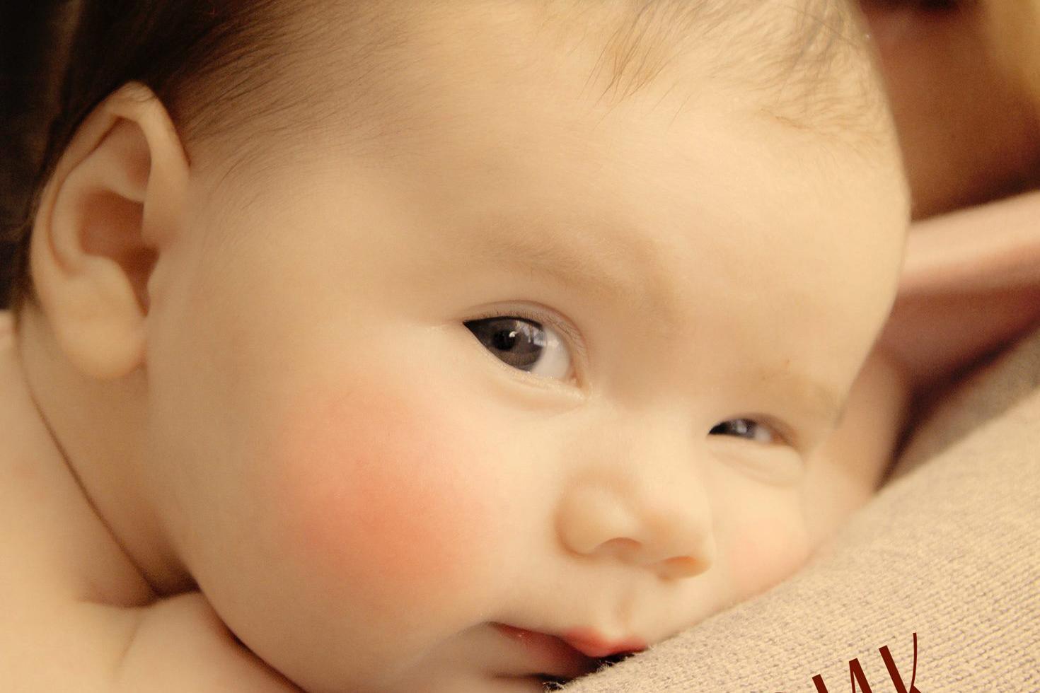 Говорещата с бебета – Трейси Хог