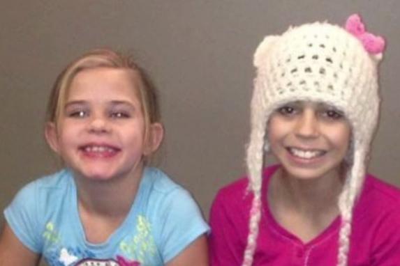 Защо две момиченца си направиха селфи в банята и какво се случи след това